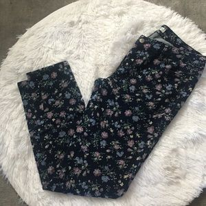 Love Fire Junior Blue Ankle Cropped Soft Jeans